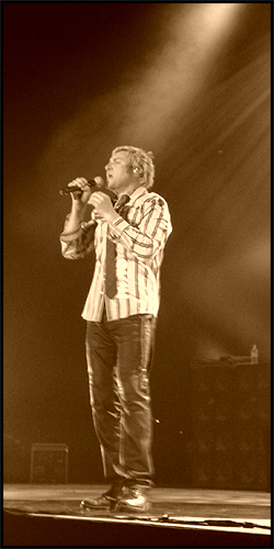 Simon Le Bon in NIA Arena, Birmingham 2008